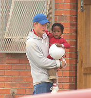 Gxara Village, SOUTH AFRICA - OCTOBER 20:  Prince Harry and Prince William spent the morning helping out at the Siyazama pre-school in Gxara Village, just outside Morgan's Bay, South Africa. The princes dug holes for fence poles, tidied up and also helped with some of the painting that needed to be done.<br /> <br /> People:  Prince Harry