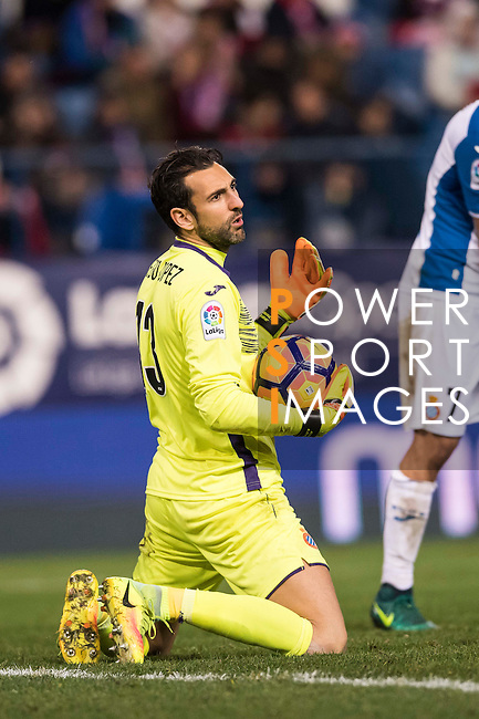 Goalkeeper Diego Lopez of RCD Espanyol in action during the La Liga match between Atletico de Madrid and RCD Espanyol at the Vicente Calderón Stadium on 03 November 2016 in Madrid, Spain. Photo by Diego Gonzalez Souto / Power Sport Images