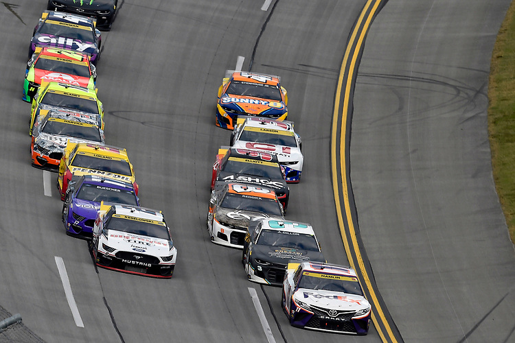 #11: Denny Hamlin, Joe Gibbs Racing, Toyota Camry FedEx Express and #2: Brad Keselowski, Team Penske, Ford Mustang Discount Tire