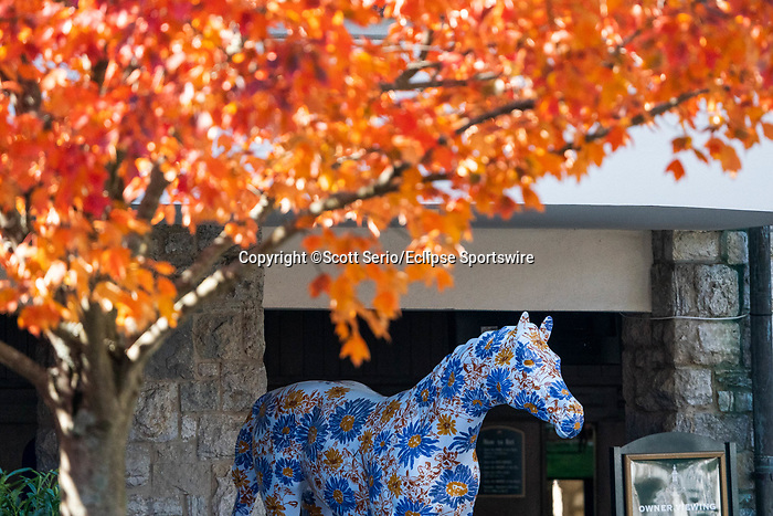 November 6, 2020: A horse sculpture sits under fall foliage in the paddock at Keeneland Racetrack in Lexington, Kentucky, on Friday, November 6, 2020. Scott Serio/Eclipse Sportswire/Breeders Cup/CSM
