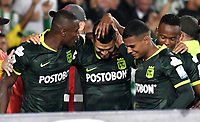 BOGOTA-COLOMBIA, 08-03-2020: Andres Andrade de Atletico Nacional, celebra con sus compañeros de equipo el segundo gol anotado a Independiente Santa Fe, durante partido de la fecha 8 entre Independiente Santa Fe y Atletico Nacional, por la Liga BetPLay DIMAYOR I 2020, en el estadio Nemesio Camacho El Campin de la ciudad de Bogota. / Andres Andrade of Atletico Nacional, celebrates with his teammates the second goal scoring to Independiente Santa Fe during a match of the 8th date between Independiente Santa Fe and Atletico Nacional, for the BetPlay DIMAYOR I Leguaje 2020 at the Nemesio Camacho El Campin Stadium in Bogota city. / Photo: VizzorImage / Luis Ramirez / Staff.