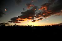 BOGOTA -COLOMBIA. 07-01-2015: Atardecer en Bogota, continua el verano en la capital de la República / Sunset in Bogota, continuous summer in the capital of the Republic Photo: VizzorImage / Luis Ramirez / Staff.