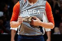 SAN ANTONIO, TX - SEPTEMBER 7, 2015: The #12 ranked University of Oregon Ducks fall to the University of Texas at San Antonio Roadrunners 3-1 (21-25, 25-23, 25-19, 25-23) at the UTSA Convocation Center. (Photo by Jeff Huehn)