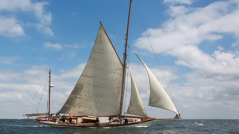 Newcomer to the event is yawl Sky (1890), that will be competing in her first Centenary Trophy. Sky is described as a true Gentlemen's yacht that was relaunched in 2017 after a complete rebuilt and restoration.