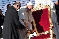 Papa Francesco. Pope Francis <br /> Roma 01-06-2014 Stadio Olimpico. <br /> Meeting of the Holy Spirit Renewal movement. XXXVII CONVOCAZIONE DEL RINNOVAMENTO.<br /> Foto Andrea Staccioli / Insidefoto