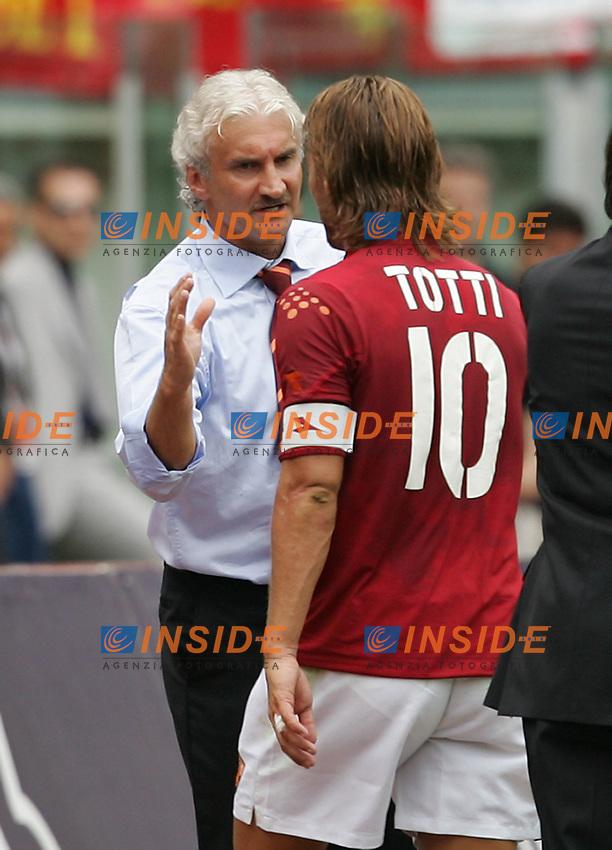 Roma 12/9/2004 Campionato Italiano Serie A 2004/2005 1a giornata, Roma Fiorentina 1-0, Rudi Voeller allenatore della Roma e Francesco Totti Roma<br /> Foto Andrea Staccioli Insidefoto