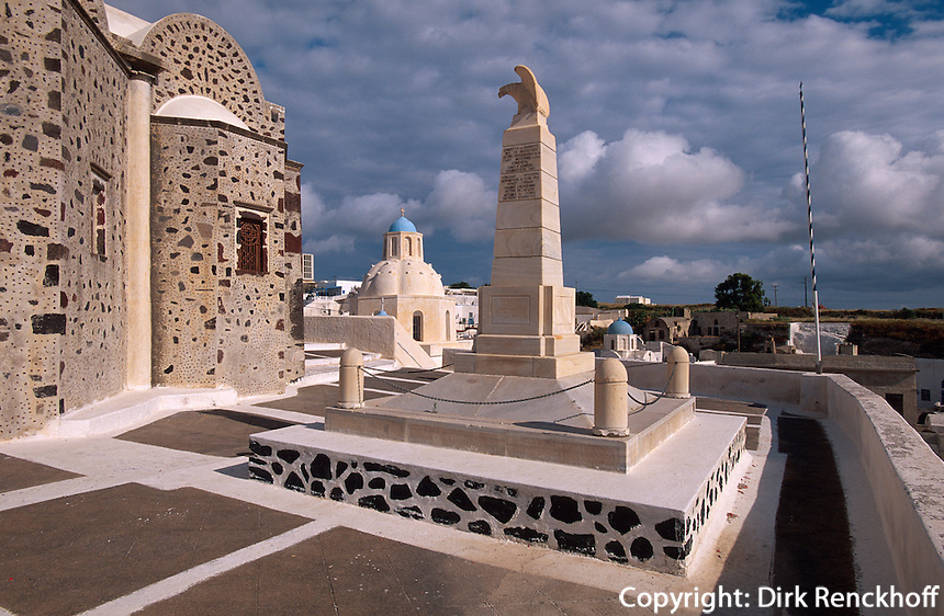 Kirche Agios Demetrius in Messaria, Insel Santorin (Santorini), Griechenland, Europa