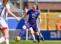 Zenia Mertens (6) of OHL pictured fighting for the ball with Tine De Caigny (6) of Anderlecht during a female soccer game between Oud Heverlee Leuven and RSC Anderlecht on the 2nd matchday of play off 1 in the 2020 - 2021 season of Belgian Womens Super League , saturday 17 th of April 2021  in Heverlee , Belgium . PHOTO SPORTPIX.BE | SPP | DAVID CATRY