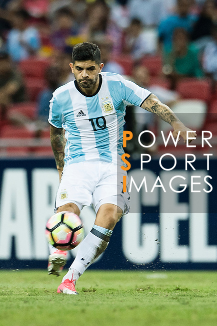 Ever Banega of Argentina in action during the International Test match between Argentina and Singapore at National Stadium on June 13, 2017 in Singapore. Photo by Marcio Rodrigo Machado / Power Sport Images