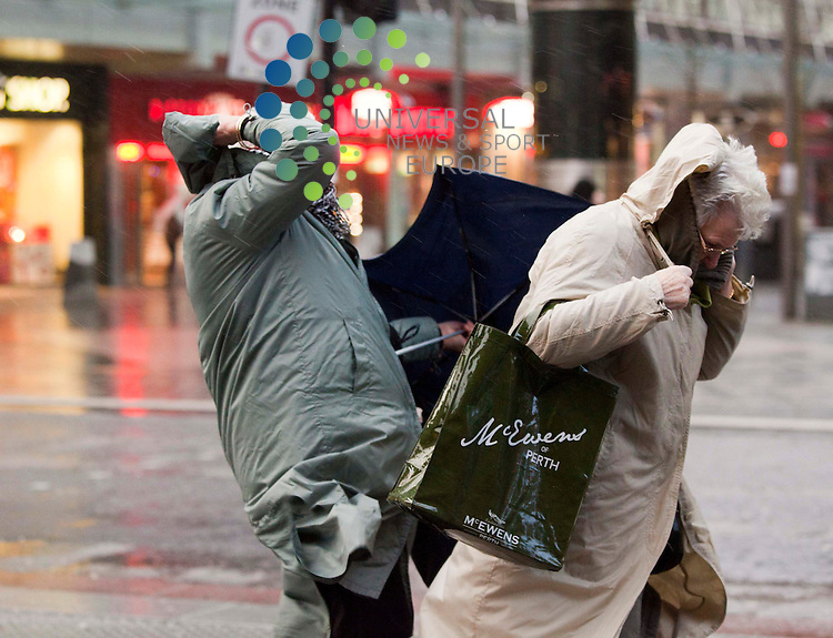 High winds buffet Glasgow shoppers Picture: Johnny Mclauchlan Universal News and Sport (Europe) 08/12/2011