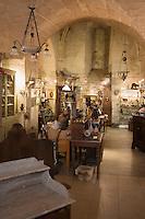"""Europe/France/Languedoc-Roussillon/30/Gard/Uzés: """"Quartier des Arts St Julien"""" Antiquités Salon de thé,"""