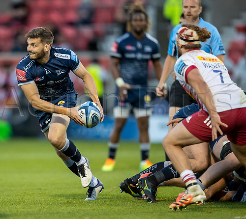 4th June 2021; AJ Bell Stadium, Salford, Lancashire, England; English Premiership Rugby, Sale Sharks versus Harlequins; Will Cliff of Sale Sharks looks to pass the ball