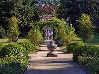 barocker Magdalenengarten in Hildesheim, Niedersachsen, Deutschland, Europa<br /> baroque Magdalen Garden in Hildesheim, Lower Saxony, Germany, Europe