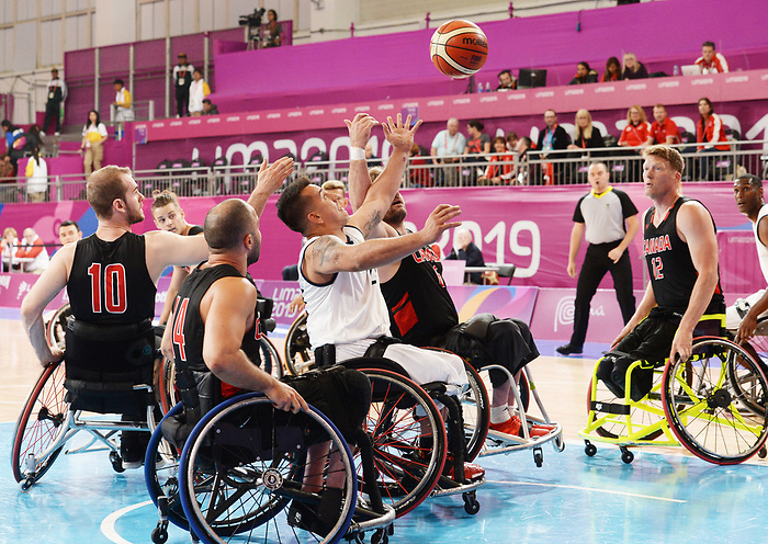 Bo Hedges and Patrick Anderson, Lima 2019 - Wheelchair Basketball // Basketball en fauteuil roulant.<br /> Men's wheelchair basketball competes against Columbia // Le basketball en fauteuil roulant masculin contre Colombie. 25/08/2019.