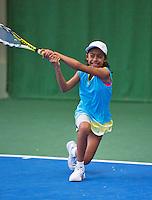 01-12-13,Netherlands, Almere,  National Tennis Center, Tennis, Winter Youth Circuit,  Charlize Bernardus <br /> Photo: Henk Koster