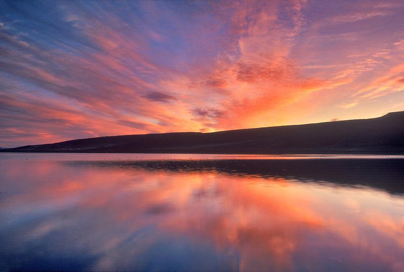 Sunrise on Mann Lake. Oregon.