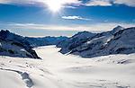 CHE, Schweiz, Kanton Bern, Berner Oberland, Grindelwald: Blick vom Jungfraujoch (Sphinx) ueber den Jungfraufirn Richtung Konkordiaplatz und den Grossen Aletschgletscher - UNESCO Weltnaturerbe | CHE, Switzerland, Bern Canton, Bernese Oberland, Grindelwald: view from Jungfraujoch across Great Aletsch Glacier - UNESCO World Natural Heritage.