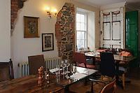 Restaurant L'Escalier, 6 Towerhill  in  St. Peter Port, Insel Guernsey, Kanalinseln