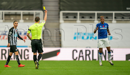 1st November 2020; St James Park, Newcastle, Tyne and Wear, England; English Premier League Football, Newcastle United versus Everton; Yerry Mina of Everton is booked in minute 69 for bringing down Allan Saint-Maximin of Newcastle United