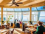 Deutschland, Bayern, Chiemgau, Chieming am Chiemsee: beliebtes Restaurant und Café 'Haus am See' | Germany, Bavaria, Chiemgau, Chieming at Lake Chiemsee: popular place  restaurant and café 'Haus am See'