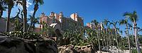 Iles Bahamas / New Providence et Paradise Island / Nassau: Hotel Atlantis à Paradise Island et son parc//  Bahamas Islands / New Providence and Paradise Island / Nassau: Hotel Atlantis in Paradise Island and its park