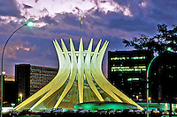 Edificio da Catedral de Brasília. 2002. Foto de Juca Martins.