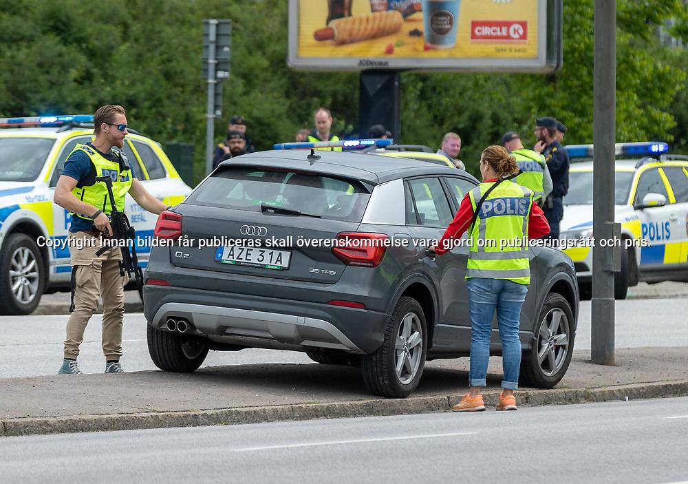 Man Skjuten Av Polis Martin Eriksson