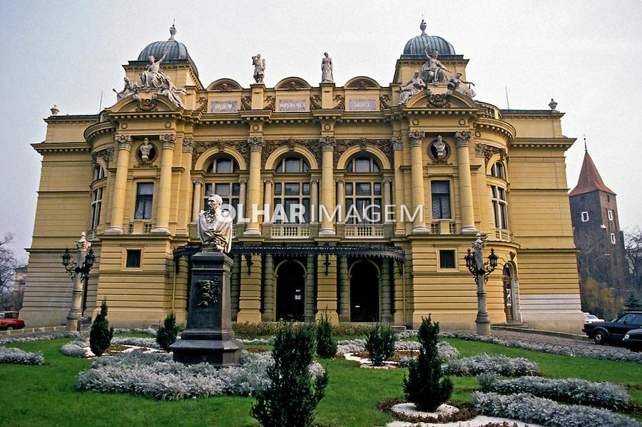 Palácio na cidade de Cracóvia. Polônia. 1994. Foto de João Caldas.