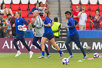 PARIS,  - JUNE 28: Fans cheerAshlyn Harris #18, Graeme Abel, Alyssa Naeher #1 and Adrianna Franch #21enter the field during a game between France and USWNT at Parc des Princes on June 28, 2019 in Paris, France.