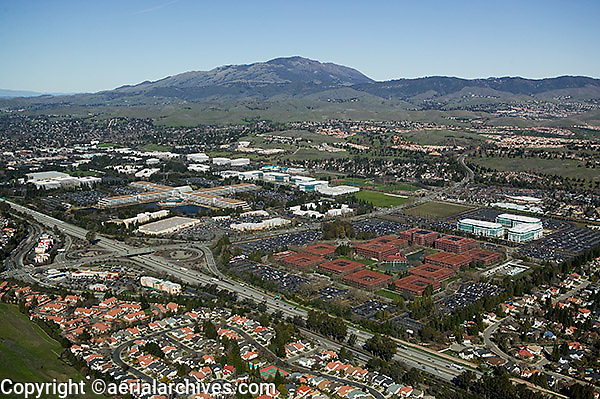 aerial photograph Bishop Ranch, San Ramon, Contra Costa county, California, Chevron corporate headquarters are in the foreground, Mount Diablo in the background