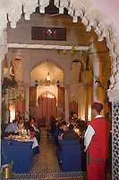 Afrique/Afrique du Nord/Maroc/Rabat: Dinarjat restaurant situé dans un ancien palais andalou