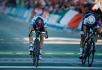 Bjorg Lambrecht (BEL/Lotto-Soudal) finishes 2nd in a sprint against Jaakko Hanninen (FIN)<br /> <br /> MEN UNDER 23 ROAD RACE<br /> Kufstein to Innsbruck: 180 km<br /> <br /> UCI 2018 Road World Championships<br /> Innsbruck - Tirol / Austria