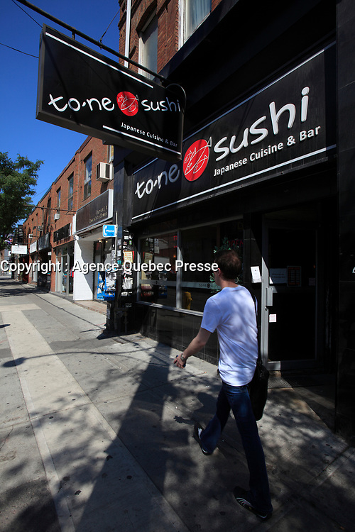 Toronto (ON) CANADA - July 2012 - Queen street west -suchi.