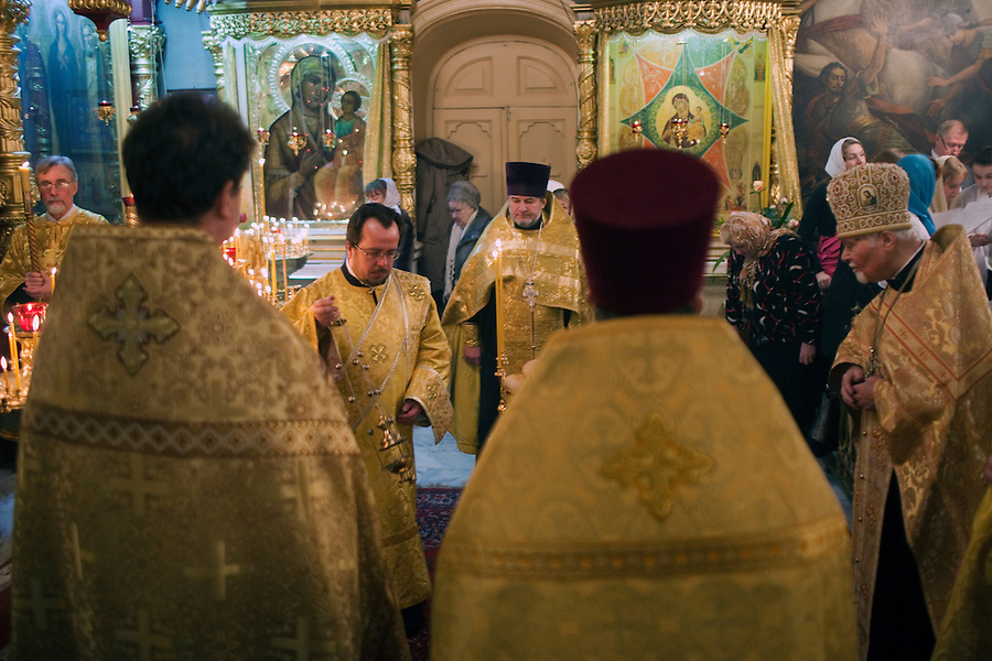 Moscow, Russia, 06/01/2011..Russian Christians attend an Orthodox Christmas service at Peter Paul church in central Moscow, late on Christmas Eve. Christmas falls on January 7 for Orthodox believers in the Holy Land, Russia and other Orthodox churches that use the old Julian calendar instead of the16th-century Gregorian calendar.