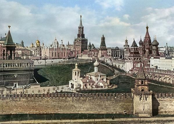 1908. Вид на Кремль со стороны Москвы-реки . Москва. Российская Империя.