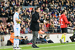 Manager Cristobal Parralo Aguilera of RC Deportivo La Coruna talks to his players during the La Liga 2017-18 match between FC Barcelona and Deportivo La Coruna at Camp Nou Stadium on 17 December 2017 in Barcelona, Spain. Photo by Vicens Gimenez / Power Sport Images