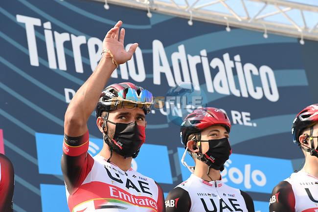 Fernando Gaviria Rendon (COL) UAE Team Emirates at sign on before the start of Stage 1 of Tirreno-Adriatico Eolo 2021, running 156km from Lido di Camaiore to Lido di Camaiore, Italy. 10th March 2021. <br /> Photo: LaPresse/Gian Mattia D'Alberto | Cyclefile<br /> <br /> All photos usage must carry mandatory copyright credit (© Cyclefile | LaPresse/Gian Mattia D'Alberto)
