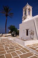 Kirche in Chora auf der Insel Ios, Griechenland, Europa