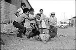 Daily life in Juchitan, Oaxaca, March 15, 1986.  © Photo by Heriberto Rodriguez