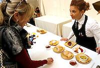 Gusto Kosher: degustazione di enogastronomia ebraica a Roma, 17 novembre 2013.<br /> Gusto Kosher (Kosher Taste): hebraic traditional cuisine tasting event in Rome, 17 November 2013.<br /> UPDATE IMAGES PRESS/Riccardo De Luca