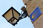 Viana.Navarra.Espana.Viana.Navarra.Spain.Indicador de paso del Camino de Santiago..Warning signal over Camino de Santiago..(ALTERPHOTOS/Alfaqui/Acero)