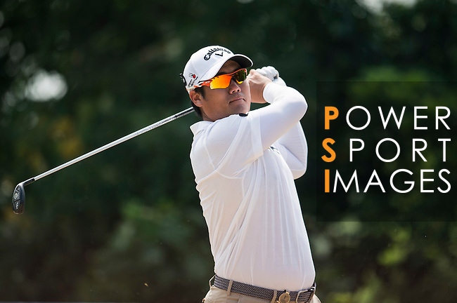 Pariya Junhasavasdikul of Thailand in action during the Venetian Macao Open 2016 at the Macau Golf and Country Club on 16 October 2016 in Macau, China. Photo by Marcio Machado / Power Sport Images