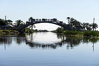 MADAGASCAR , Manajary, bridge, canal des Pangalanes / MADAGASKAR, Kanal des Pangalanes
