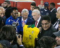 During the pre-game ceremonies, Bob Craft, the Patriot's owner welcomed Brazil and Portugal legendary players Pele and Eusebio..  In an International friendly match Brazil defeated Portugal, 3-1, at Gillette Stadium on Sep 10, 2013.