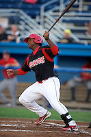 Batavia Muckdogs designated hitter Robert De La Cruz #31 during a game against the State College Spikes at Dwyer Stadium on August 8, 2012 in Batavia, New York.  Batavia defeated State College 6-3.  (Mike Janes/Four Seam Images)