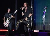 WEST PALM BEACH, FL - AUGUST 05: Reginald Arvizu and Jonathan Davis of Korn perform at The iTHINK Financial Amphitheatre on August 5, 2021 in West Palm Beach Florida. Credit Larry Marano © 2021