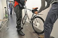 -  Zehus, spin-off dell'Università Politecnico di Milano che sviluppa veicoli ibridi innovativi ad impatto ambientale zero, tra i quali una bicicletta elettrica che utilizza per la ricarica del kit batterie unicamente l'energia prodotta dal ciclista.<br /> <br /> - Zehus, a spin-off of of the Milan Polytechnic University who develops innovative hybrid vehicles with zero environmental impact, such as an electric bicycle that uses it to recharge the battery pack only the energy produced by the cyclist.