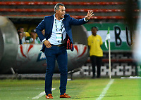 MEDELLÍN - COLOMBIA, 15-04-2018: Hernan Torres técnico de Rionegro Águilas  gesticula durante partido con Atlético Nacional por la fecha 15 de la Liga Águila I 2018 jugado en el estadio Atanasio Girardot de la ciudad de Medellín. / Hernan Torres coach of Rionegro Aguilas  gestures during match against Atletico Nacional for the date 15 of the Aguila League I 2018 at Atanasio Girardot stadium in Medellin city. Photo: VizzorImage/León Monsalve/Cont