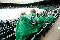 26-6-06,England, London, Wimbledon, raindelay, sfeer op centercourt ondanks regen