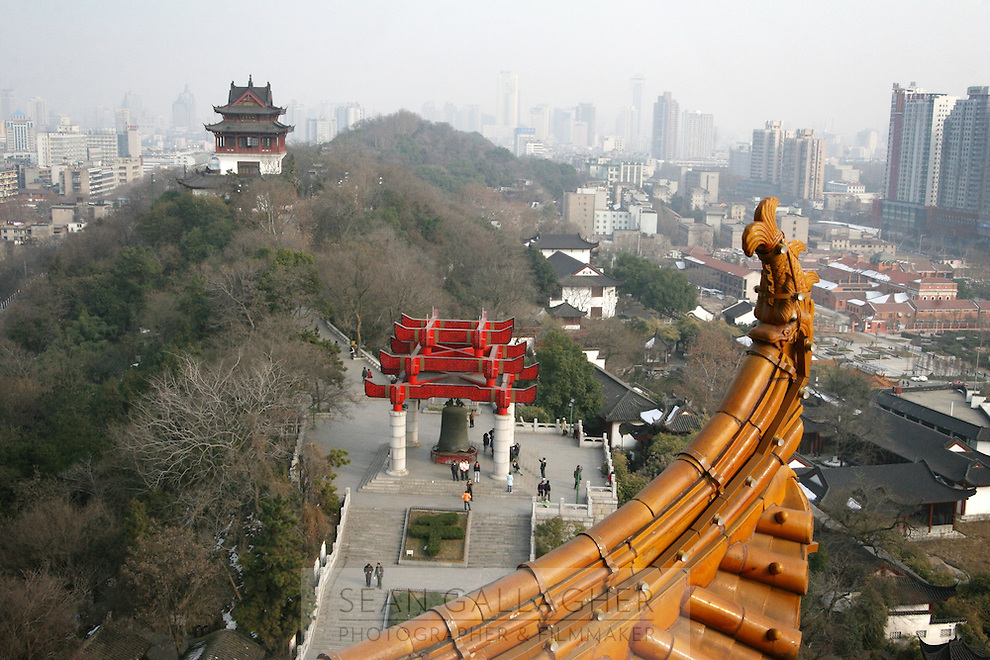 CHINA. Hubei Province. Wuhan. A view of Wuhan from The Yellow Crane Tower which looks over the Yangtze and the city of Wuhan.Wuhan (population 4.3 million) is a sprawling city that sits on both sides of the Yangtze River.  2008.